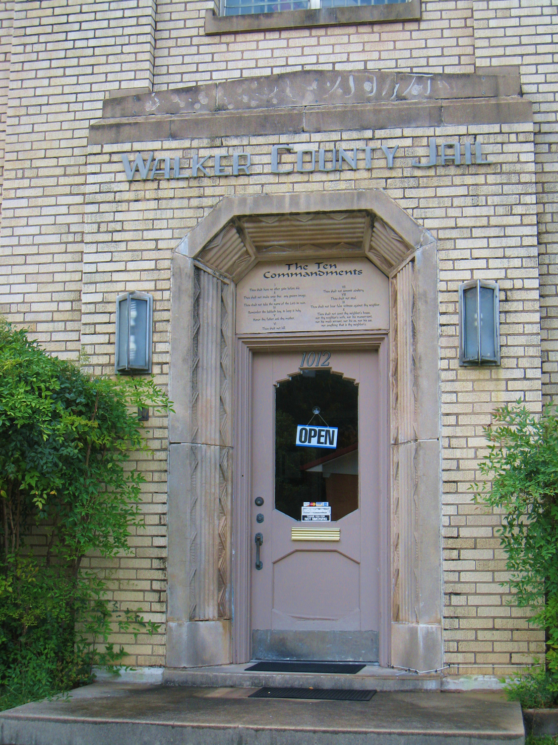 Historic Walker County Jail | Texas County Courthouses